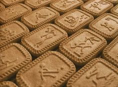 I devoured plenty of these little biscuits in my time fishing the soggy remains out of the bottom of my tea cup after dunking. 1980s Childhood, My Childhood Memories, Sweet Memories, Old Sweets, Retro Sweets, Biscuits, Retro Recipes, My Tea, My Memory