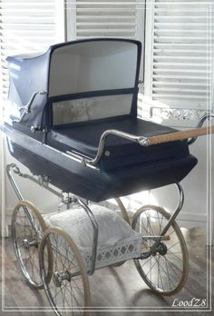 . Pram Stroller, Baby Strollers, Vintage Pram, Prams And Pushchairs, Baby Buggy, Baby Carriage, Kids And Parenting, Retro, Creepy