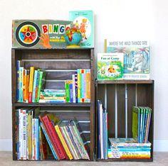 Transformer une caisse en coin de lecture pour enfants