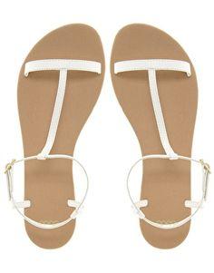 wedding sandals, simple, comfy, great for an outdoor wedding! -Deborah Jaffe