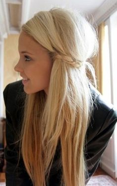 beautiful hairstyle for long straight hair