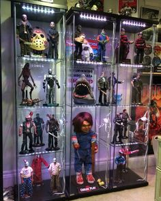 25 Cool Ways To Action Figure Display figure display action Record Display, Toy Display, Display Case, Action Figure Display, Horror Decor, Horror Art, Horror Themes, Horror Movie Characters, Horror Movies