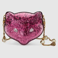 Glitter plexiglass cat clutch by Gucci Gucci Pochette, Gucci Clutch, Gucci Purses, Clutch Bag, Gucci Handbags, Gucci Gucci, Pink Clutch, Purple Handbags, Tennis