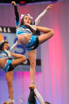 i love this stunt #cheer competitive competition stunt cheerleading cheerleader #KyFun