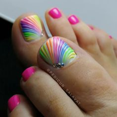 wonderful pedicure designs, 65 Wonderful Pedicure Ideas That You Will Love To Try Pretty Toe Nails, Cute Toe Nails, Fancy Nails, Gel Nails, Jamberry Nails, Easy Toe Nails, Shellac Manicure, Crazy Nails, Coffin Nails