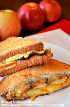 & Bacon Grilled Cheese - Are you ready for Fall and Apples? I love this Apple & Bacon Grilled Cheese. It is one of the best sandwiches I have ever had. The sauce is perfect. Apple Sandwich, Grilled Sandwich, Soup And Sandwich, Bacon Sandwich, Sandwich Recipes, Lunch Sandwiches, Sandwich Ideas, Lunch Recipes, Best Apple Recipes