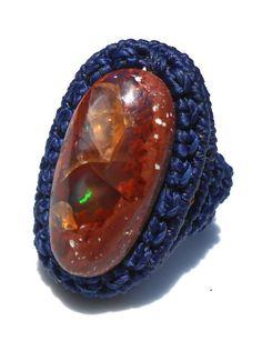 Bague en macramé avec naturel opale de feu  les tons par makramaSMA