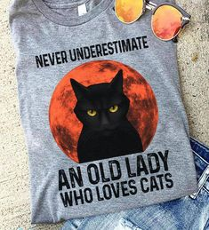 Cat Clothing, Old Women, Reusable Tote Bags, Cats, Funny, Gatos, Kitty Cats, Ha Ha, Cat