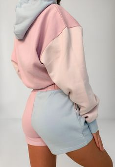 Trendy Outfits, Kids Outfits, Color Blocking Outfits, Vintage Outfits, Vintage Dresses, College Fashion, Athletic Outfits, Loungewear, Suits For Women