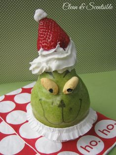 This healthy Grinch snack is easy to put together and is a fun Christmas treat for you kids!