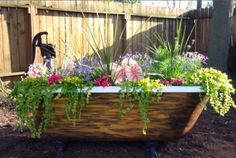 She Found This Rusty Old Tub In A Heap Of Junk. What She Did To It? This Is AMAZING!