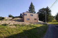 Small House on a Hillside,© Aleš Jungmann