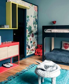 French Metal Rack: Restored Paris Apartment by Marcante-Testa (UdA) Features a Clever Zoning System Girls Bedroom, Bedroom Decor, Deco Kids, Kids Room Design, Kids Decor, Home Decor, Interior Design Studio, Kid Spaces, Interiores Design