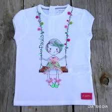 T-shirt Embroidery Kids New Ideas Shirt Embroidery, Hand Embroidery Stitches, Hand Embroidery Designs, Machine Embroidery, T Shirt Painting, Fabric Painting, Painted Clothes, Embroidered Clothes, Necklines For Dresses