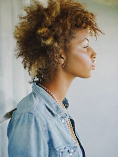 What if we told you that embracing frizz could make your curls bigger and better? That%27s right. Take a look at these 19 wildly sexy curly hair looks--and then pick another F word to hate on.