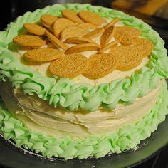 Leprechaun's Pot o' Gold Cake