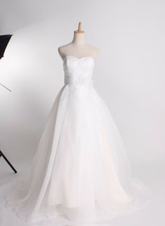 Fashionable sweetheart empire waist organza wedding dress...needs lace...lots of lace