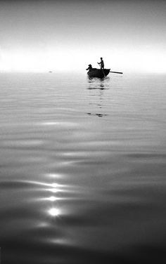 """Hong Kong Yesterday"", a beautiful series of street photography created by photographer Fan Ho"