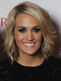 Carrie Underwood short hair