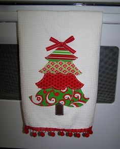 froufroubritches: Applique Christmas Towel