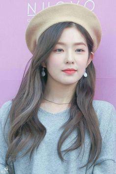 Red Velvet - Irene by bridgette. Irene Red Velvet, Red Velvet アイリーン, Velvet Hair, Seulgi, Leila, Korean Beauty, Beret, Kpop Girls, Idole