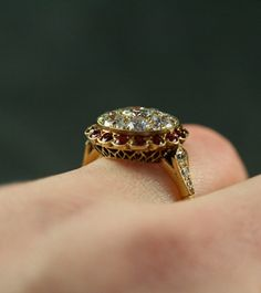 Antique Ruby & Diamond Cluster Ring *~❤•❦•:*´`*:•❦•❤~*