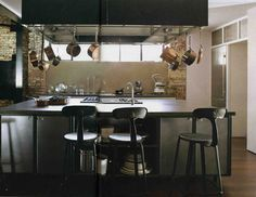 A Industrial kitchen is most beautiful idea to have a powerful kitchen. You can turn your kitchen into an industrial kitchen. Loft Interiors, Industrial Interiors, Industrial House, Design Industrial, Modern Industrial, Vintage Industrial, Loft Interior Design, Interior Design Inspiration, Kitchen Inspiration