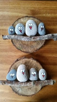 DIY Painting the River Rocks Like a Bird - Unique Balcony & Garden Decoration an. DIY Painting the River Rocks Like a Bird – Unique Balcony & Garden Decoration and Easy DIY Ideas Pebble Painting, Pebble Art, Stone Painting, Diy Painting, Garden Painting, Pebble Stone, Wood Stone, Kids Crafts, Diy And Crafts