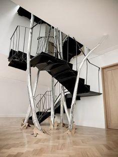 Interior Design – A high-tech interior - Decoration 4 Interior Stairs, Interior And Exterior, Stair Elevator, Architecture Design, Wallpaper Magazine, Parquet Flooring, Staircase Design, Stairways, Design Inspiration