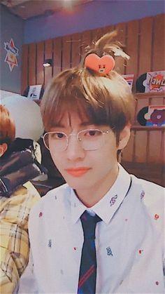 V Taehyung ❤️☯️❤️ Daegu, V Bts Cute, I Love Bts, Jimin, Bts Bangtan Boy, Foto Bts, Taekook, Seokjin, Namjoon
