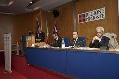 """18/10/2013 Il Presidente Valerio Cattaneo interviene al Convegno Educare al tempo dei social network"""" -"""
