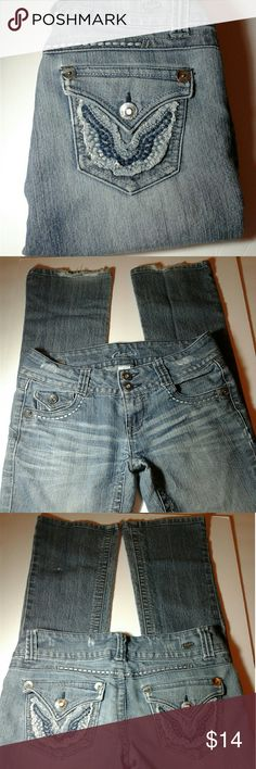 *Candies* Ladies Boot Cut Flare Jeans (Size 3) I'm good condition,  all wear is as pictured / measurements:  30 inch inseam and 32 waist /  Mid to Lowrise /  *Slight bending on buttons in picture #1* Please review carefully Candie's Jeans Boot Cut