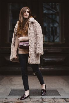 shades of beige. #streetstyle #inspiration