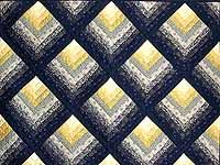 chevron quilt pattern | Chevron Log Cabin Quilt -- superb carefully made Amish Quilts from ...www.amishcountrylanes.com