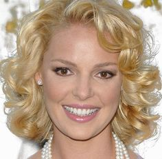 Short+Sassy+Curly+Hairstyle | ... gorgeous blonde hair is styled in a fun, flirty, bob hairstyle fu