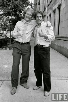 Henry Winkler and Ron Howard  good friend's on and off stage