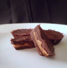 Living Low Carb...One Day at a Time: Almond Butter Cups (Low Carb and Gluten Free)