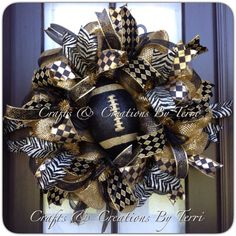Hey, I found this really awesome Etsy listing at https://www.etsy.com/listing/204617221/new-orleans-saints-wreath-fleur-de-lis