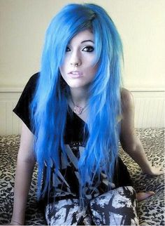 It's crazy but i would so dye my hair like this.