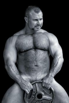 daddy is a keeper Scruffy Men, Hairy Men, Muscle Bear, Muscle Guys, Bear Men, Daddy Bear, Muscular Men, Mature Men, Guy Pictures