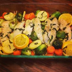 I Don't Go to the Gym   Roasted lemon garlic chicken & veggies!  255 calories per serving!