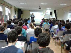 Un año más el Instituto Diego Velázquez de Torrelolones en Madrid nos ha invitado a sus jornadas solidarias para dar a conocer nuestra campaña a sus alumnos #educación #valoressolidarios