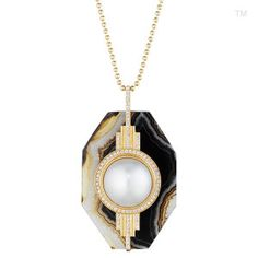 18K Yellow Gold Pendant With South Sea Mabe Pearl, Diamonds and Agate.
