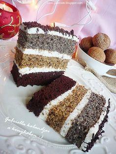 Gabriella kalandjai a konyhában :): Csíkos szelet Hungarian Desserts, Hungarian Recipes, Xmas Desserts, Desserts To Make, Poke Cakes, Lava Cakes, Sweet Cookies, Cake Cookies, Cookie Recipes