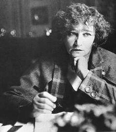 Playwright, Che Guevara, Novels, Author, Female, Celebrities, Writers, Beauty, Happy Birth