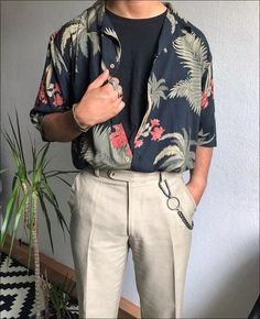Good shirt fabric design bestofstreetwearYou can find Korean fashion men and more on our website. Outfits Casual, Mode Outfits, Retro Outfits, Grunge Outfits, Vintage Outfits, Fashion Outfits, Fashion Blogs, Fashion Videos, Simple Outfits