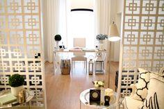 Villa Lumi | LC New York floor lamp at an Ana Antunes Interior Design project. - Candeeiro de pé LC New York num projeto da decoradora Ana Antunes.
