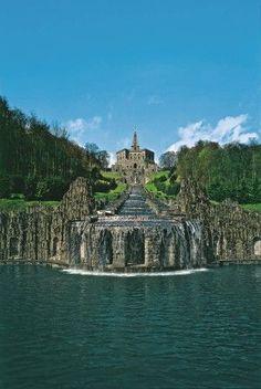 Bergpark Wilhelmshöhe, Herkules und Wasserspiele, Kassel, Hessen. Awesome park in Germany