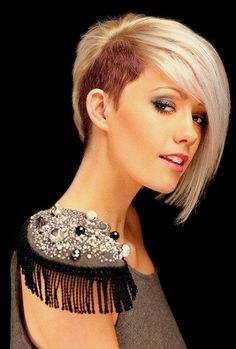 Nice short blonde hair with the side layover