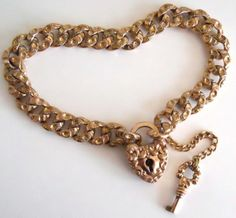 Victorian-Vintage-Gold-Filled-Heart-Padlock-w-Key-Embossed-Links-Charm-Bracelet